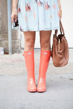 Coral Hunter Boots AND a giraffe dress..i'd rock it