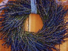 Dried Lavender WreathSummer - so beautiful! What a calming way to welcome guests into your home.