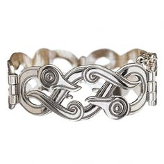 Kalevala Jewelry – This iconic bracelet designed by Germund Paaer has been in our collection since the The silver Iku-Turso bracelet is for all fans of Kalevala Jewelry classics, women and men alike. Etsy Jewelry, Jewelry Shop, Jewelry Accessories, Jewelry Design, Unique Jewelry, Photo Ring, Bronze, Viking Jewelry, Bracelet Designs