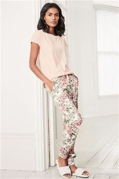 Buy Pink Floral Pyjamas from the Next UK online shop Cute Sleepwear, Sleepwear Women, Pajamas Women, Pajama Outfits, Sporty Outfits, Mom Outfits, Looks Hippie, Night Dress For Women, Spring Fashion Outfits