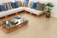 Escolha a cerâmica ideal para a sua sala! #sala #livingroom #incefra #piso #pisoceramico #decor #decoracao #ceramica #sofacompalete #palete