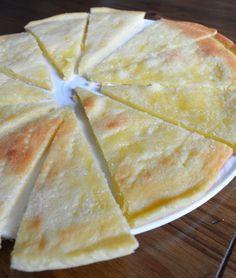 Galette de Pérouges La galette au sucre de Pérouges est la spécialité du village médiéval de Pérouges, dans la Dombes. Elle a été mis...