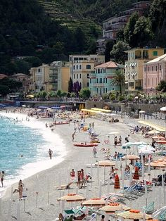 """A """"Terre-ific"""" Time in Cinque Terre - Vernazza, Italy Travel Blog"""