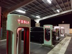 Tesla has announced an update to its Supercharger program that involves a new pricing model billed per kilowatt-hour or through a two-tiered pricing structure that will be based on charging power and duration of use, depending on region-specific regulations. Though the preferred pricingmodel is billed per kilowatt-hour, says Tesla through its blog post, someregions prevent …