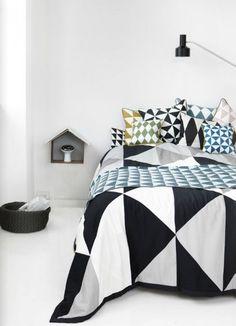 Geometric modern patterns #bedroomdesign #kidsbedroom #sweetdesignideas #moderndesign #kidsroom #boysroom. Find more inspirations at www.circu.net