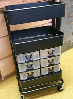 Saw this on my FB group and love the idea. She drilled into the drawer frames an… Saw this on my FB group and love the idea. She drilled into the drawer frames and attachd them to the baskets with zip ties. Organisation Ikea, Scrapbook Organization, Craft Organization, Diy Scrapbook, Space Crafts, Home Crafts, Craft Space, Ikea Raskog, Raskog Cart