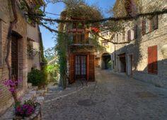 Kis mediterrán utcák rejtett szépsége - Toochee