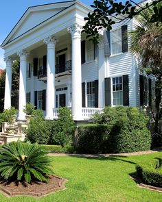 Carolyne Roehm's new home Chisolm, a Greek revival home in Charleston, built 1836.
