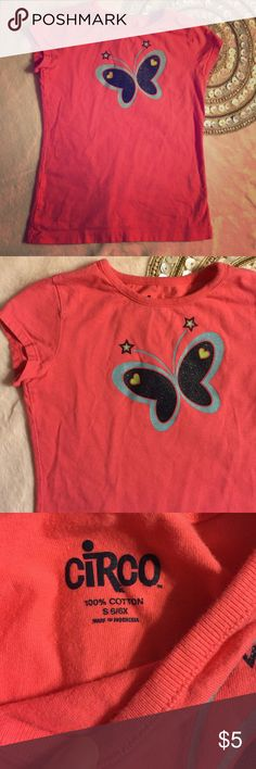 Circo Coral 100% Cotton Butterfly Tshirt Sz 6 This is coral butterfly T-shirt 100% cotton by Circo. It is size 6 years old. Supper cute! Circo Shirts & Tops Tees - Short Sleeve