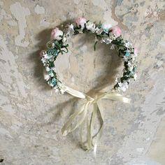 Handmade flower crown from Vienna. ❤ Exclusive custom made wedding crowns for brides ❤ Blumenkranz handgemacht in Wien anfertigen lassen. Boho, Handmade Flowers, Flower Crown, Floral Wreath, Wreaths, Design, Wedding, Bridesmaids, Getting Married