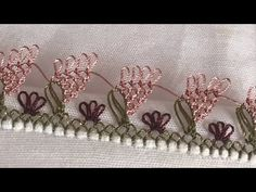 The popular sequential almond lace model Filet Crochet, Irish Crochet, Embroidery Stitches, Hand Embroidery, Crochet Unique, Tatting Lace, Bargello, Bobbin Lace, Knitted Shawls