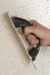 How to Install a Subway Tile Kitchen Backsplash thumbnail