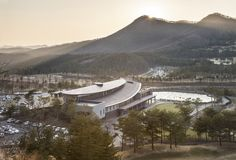 Seowon Golf Club House- South Korea- ITM Yooehwa Architects + Itami Jun Architects