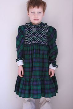 Vintage girls smocked dress Polly Flinders size 5/6 by fuzzymama, $16.00