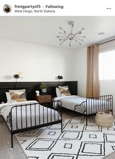 Modern Desert Aesthetic Home Decor Trends and Home Styling Design Inspiration from the dotted bow Interior Design, Bedroom Decor, Room Inspo, Home, Interior, Comfortable Bedroom, Small Guest Rooms, Home Decor, Room