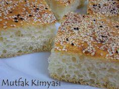 CIVIK ÇÖREK mutlakadene Turkish Kitchen, Turkish Tea, Turkish Breakfast, Savory Pastry, Tea Time Snacks, Turkish Recipes, Bagel, Banana Bread, Cake Recipes