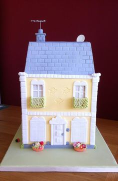 Pastillage House by vida cakes