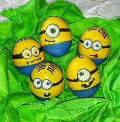 Minion easter eggs Minion Easter Eggs, Easter Egg Crafts, Adult Crafts, Diy And Crafts, Easter Egg Designs, Egg Art, Egg Decorating, Creative Art, Painted Rocks