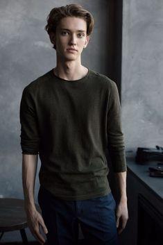Julian Leighton Mackay | IMG Models