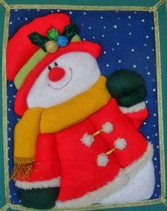 Resultado de imagen para adornos navideños grandes con piernas Christmas Clay, Christmas Projects, Christmas Time, Christmas Ideas, Felt Christmas Decorations, Christmas Stockings, Christmas Ornaments, Holiday Decor, Felt Applique