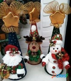 Posts about Christmas written by money. Christmas Projects, Christmas Art, Felt Crafts, Diy And Crafts, Christmas Crafts, Christmas Ornaments, Christmas Figurines, Homemade Christmas, Felt Christmas Decorations