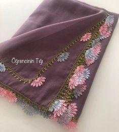 Bargello, Baby Knitting Patterns, Alexander Mcqueen Scarf, Crochet, Fashion, Punch Needle, Moda, Fashion Styles, Ganchillo