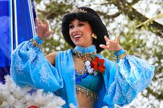 this is going to be me one day... jasmine at disney world