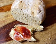 Teilen Tweet Anpinnen Mail Das leckere Hausbrot backe ich gerne am Freitag fürs Wochenende. Für das Brot werden nur wenige Zutaten und etwas Geduld ...