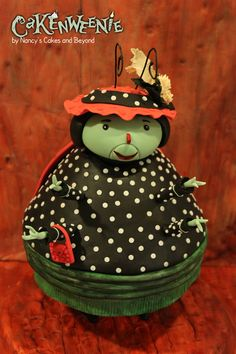 James and the Giant Peach Mrs. Ladybug cake by Nancy's Cakes and Beyond