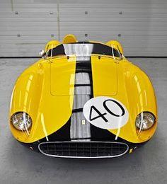 Nice car, ferrari i think