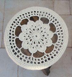 Crocheted Flower Doily Stool Cover pattern top view. ☀CQ #crochet #crochetflowers