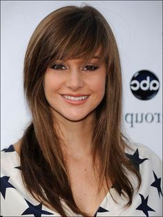 Shoulder Length Layered Hair with Bangs. 39 Beautiful Shoulder Length Layered Hair with Bangs. 20 Incredible Medium Length Hairstyles with Bangs Layered Haircuts With Bangs, Long Hair With Bangs, Haircuts For Long Hair, Long Hair Cuts, Straight Hairstyles, Cool Hairstyles, Layered Hairstyles, Hairstyle Ideas, Braid Hairstyles
