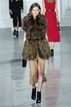 Fall Trend 2015: Look-at-Me Fur Coats and Fur Stoles | StyleCaster#slide-8