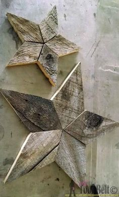 Easily add natural elements into your Christmas decor with these simple patchwork rustic stars. Free pattern and tutorial. by guida