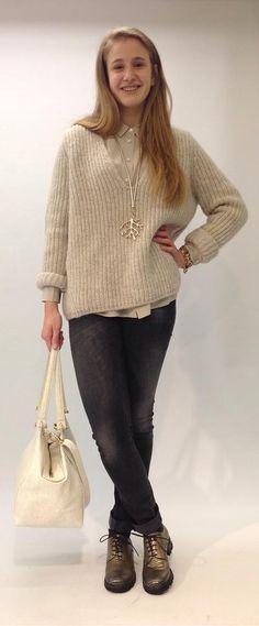 Closed - Die neuen Grobstrick-Pullover lassen in der kalten Jahreszeit unser Herz erwärmen. Sweaters, Fashion, Chunky Knit Sweaters, Heart, Clothing, Trousers, Breien, Moda, Fashion Styles