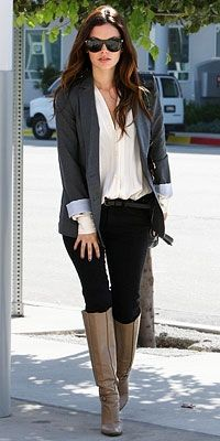 Virgo Rachel Bilson elevates everyday style