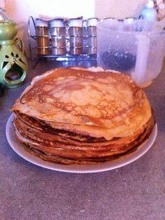 Recette de Pâte à crêpes (des plus raffinées)sur marmiton, la meilleure recette de crepes à vie!!! Crepe Delicious, Beignets, Quiche Lorraine, Sweet Breakfast, Pancakes, Sandwiches, Dessert Recipes, Food And Drink, Grand Marnier