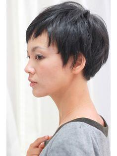 Short Hair Syles, Chic Short Hair, Short Dark Hair, Asian Short Hair, Very Short Hair, Short Hair Cuts For Women, Japanese Short Hair, Japanese Hairstyle, Layered Haircuts For Medium Hair