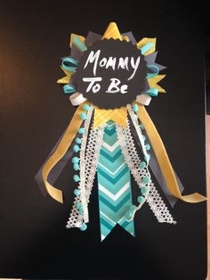 Mommy to Be ribbon pin