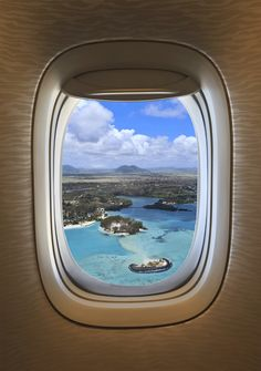 Take in your airplane personal item carry on packing, carry on bag, tourist Best Travel Apps, Travel Tips, Tourist Info, Eagle Creek, Travel Outfit Summer, Deck Plans, Caribbean Cruise, Birds Eye View, Travel Scrapbook
