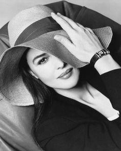 Monica Bellucci Fashion Photography Black White Black & White {::}
