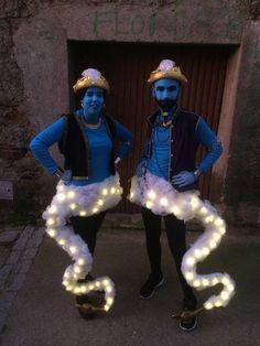 GENIOS DE LA LÁMPARA en los Carnavales de Garciaz, Cáceres 2015. Disfraces customizados y hechos a mano. disfraz disfraces carnaval carnival costume original easy fácil divertido funny mejor the best genio lampara luces iluminacion garciaz caceres aladdin aladin yasmin azul blue genie