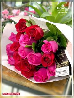 Buchetul ideal pentru a fi oferit oricarei doamne! #floridelux #flowers #flowersofinstagram #roses #florist #goodvibes #balance #morethanflowers Amazing Flowers, Vegetables, Rose, Plants, Pink, Veggies, Roses, Vegetable Recipes, Plant