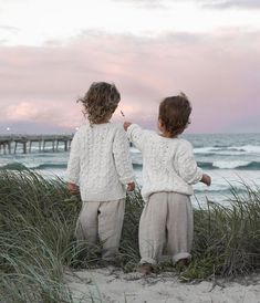 Kids fashion Editorial Dolce and Gabbana - - - - - Cute Kids, Cute Babies, Baby Kids, Baby Outfits, Photo D Art, Family Goals, Kid Styles, Kids And Parenting, Parenting Ideas