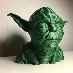 Green PLA Yoda by DP3D - Diseño e Impresión 3D
