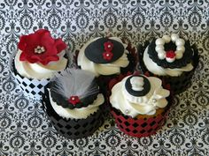 black and white theme party | 1920's THEMED 21st PARTY CUPCAKES