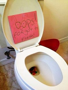 Put jelly beans in the toilet - kids love this! Except make the note say that the Easter Bunny didn't want to wake anyone by flushing. I'd probably fish out the jelly beans though, so as not to clog the toilet. Hoppy Easter, Easter Eggs, Easter Table, Holiday Crafts, Holiday Fun, Holiday Ideas, Spring Crafts, Holiday Snacks, Festive