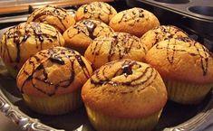 Cupcakes cu vanilie - reteta explicata in fotografii, mod de preparare, ingrediente. Cum se fac delicioasele cupcakes cu vanilie. Reteta cupcakes. Cake Videos, Recipe Images, Muffins, Good Food, Cupcakes, Sweets, Cooking, Breakfast, Desserts