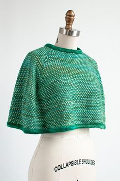 Really simple, great textured stitch Knitted Shawls, Crochet Shawl, Knit Crochet, Shawl Patterns, Knitting Patterns, Grey Blouse, Capelet, Crochet Projects, Needlework
