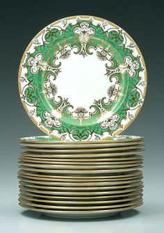 1015: 18 Crown Derby/Tiffany service plates: : Lot 1015